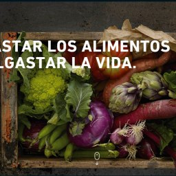 MURAL CONTRA EL MALBARATAMIENTO ALIMENTARIO PARA EL MWC | WALLPAINT AGAINST FOOD UNDERSELLING FOR THE MWC